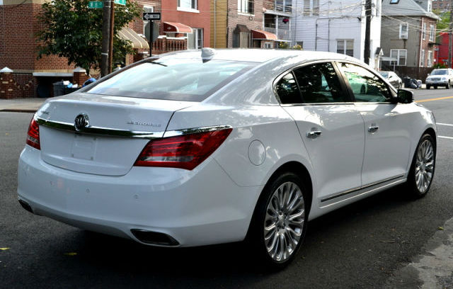 2013 Buick LaCrosse - photo 1
