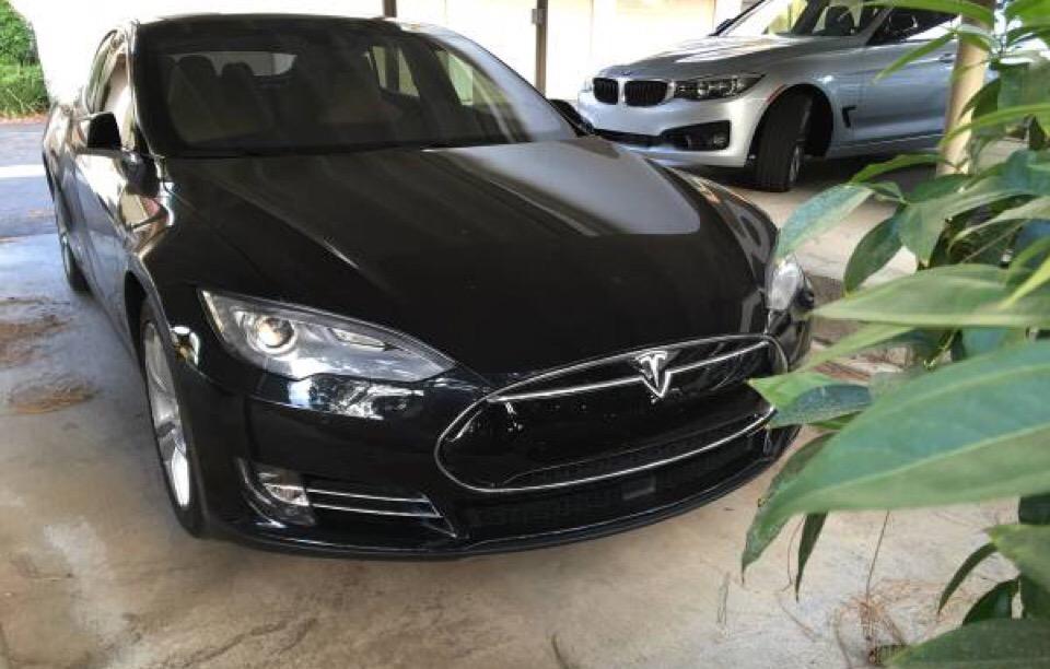 2015 Tesla Model S - photo 0