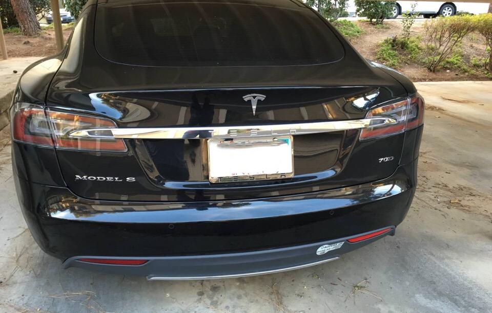 2015 Tesla Model S - photo 1