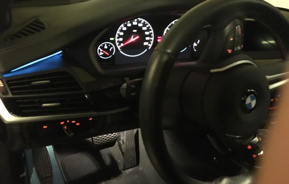 2016 BMW X5 M - photo 2