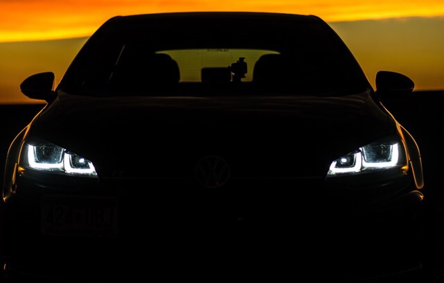 2016 Volkswagen Golf R - photo 0