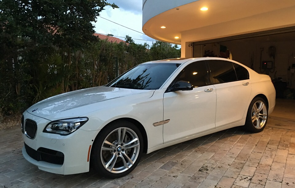 2015 BMW 7 Series - photo 2