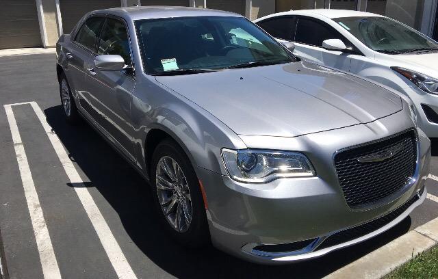 2016 Chrysler 300 - photo 1