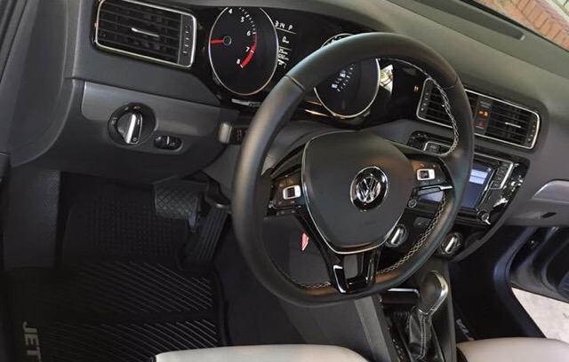 2016 Volkswagen Jetta - photo 2
