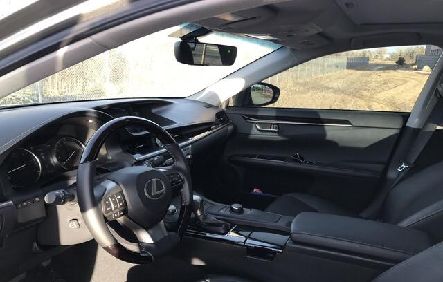 2016 Lexus ES 350 - photo 2