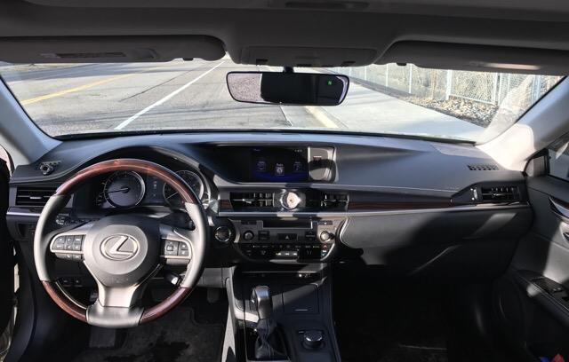 2016 Lexus ES 350 - photo 3