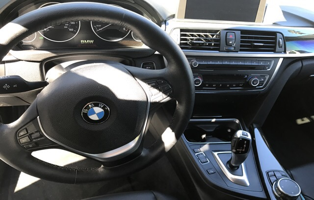 2015 BMW 3 Series - photo 2