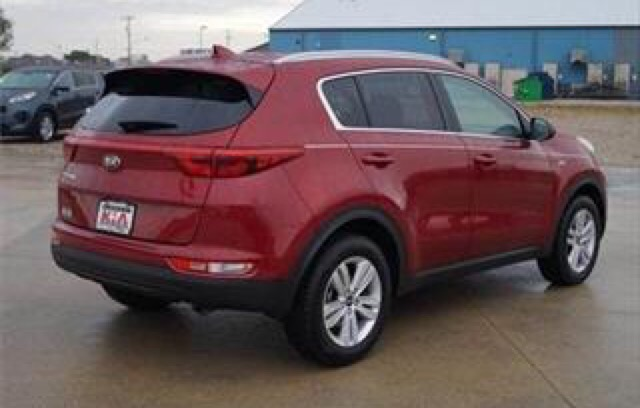 2017 Kia Sportage - photo 1