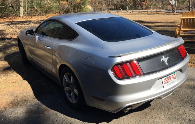 2015 Ford Mustang - photo 2