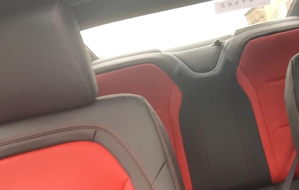 2016 Chevrolet Camaro - photo 2