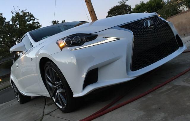 2016 Lexus IS 350 - photo 1