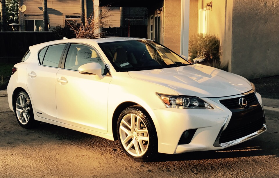 2017 Lexus CT 200h - photo 0