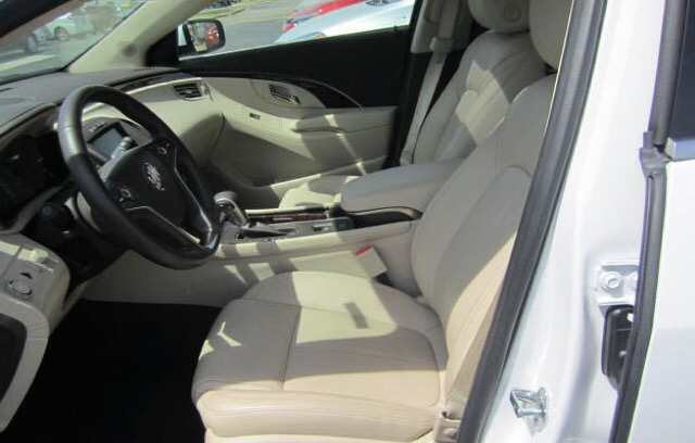 2016 Buick LaCrosse - photo 2