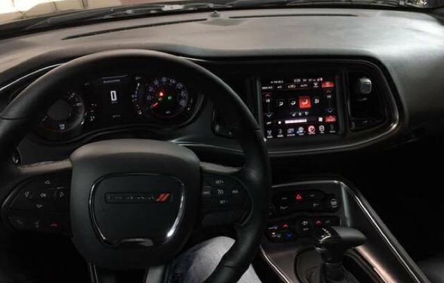 2016 Dodge Challenger - photo 4