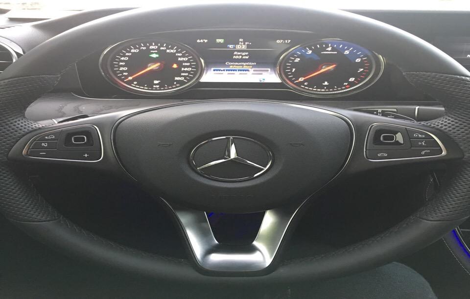 2017 Mercedes-Benz E-Class - photo 3