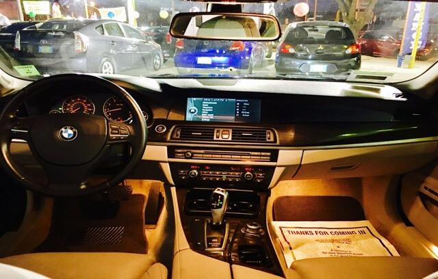 2011 BMW 5 Series - photo 4