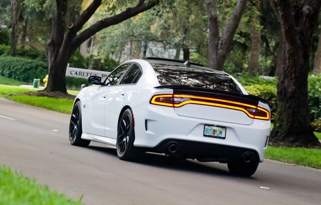 2016 Dodge Charger - photo 1