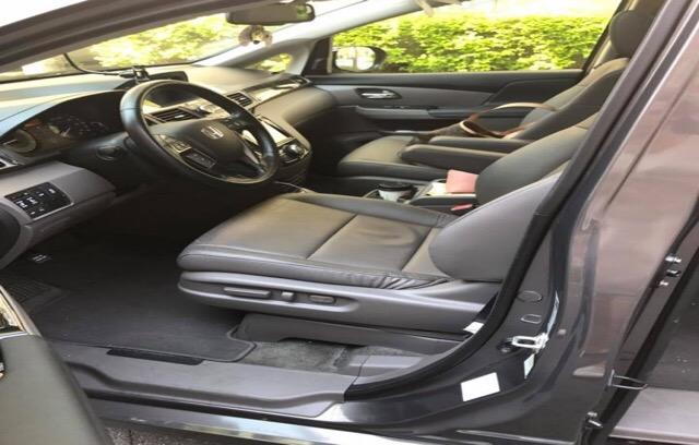 2016 Honda Odyssey - photo 2