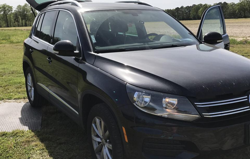 2017 Volkswagen Tiguan - photo 0