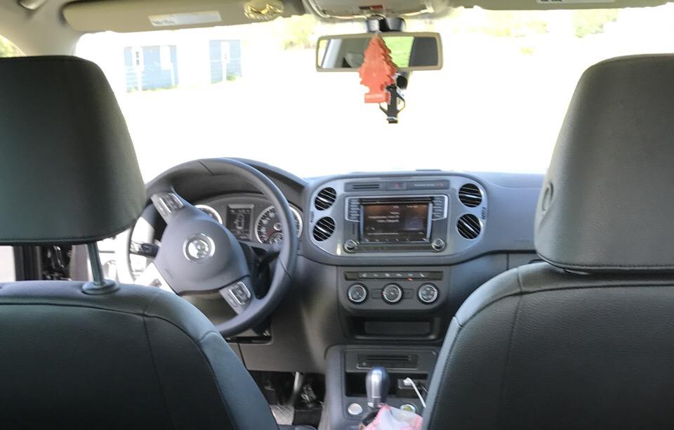 2017 Volkswagen Tiguan - photo 2