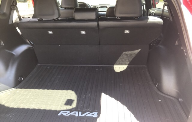 2016 Toyota RAV4 - photo 4