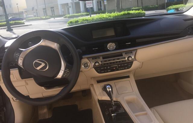 2014 Lexus ES 350 - photo 4