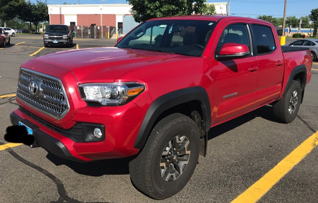 2017 Toyota Tacoma - photo 3