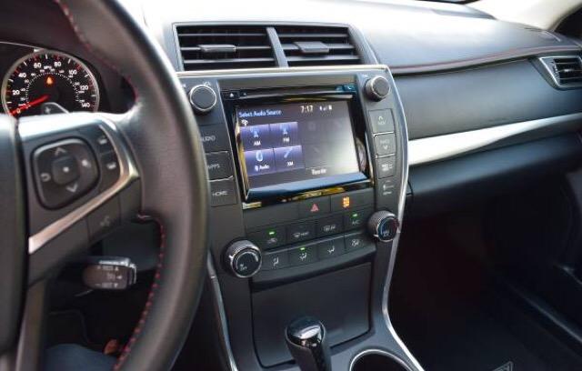 2016 Toyota Camry - photo 7