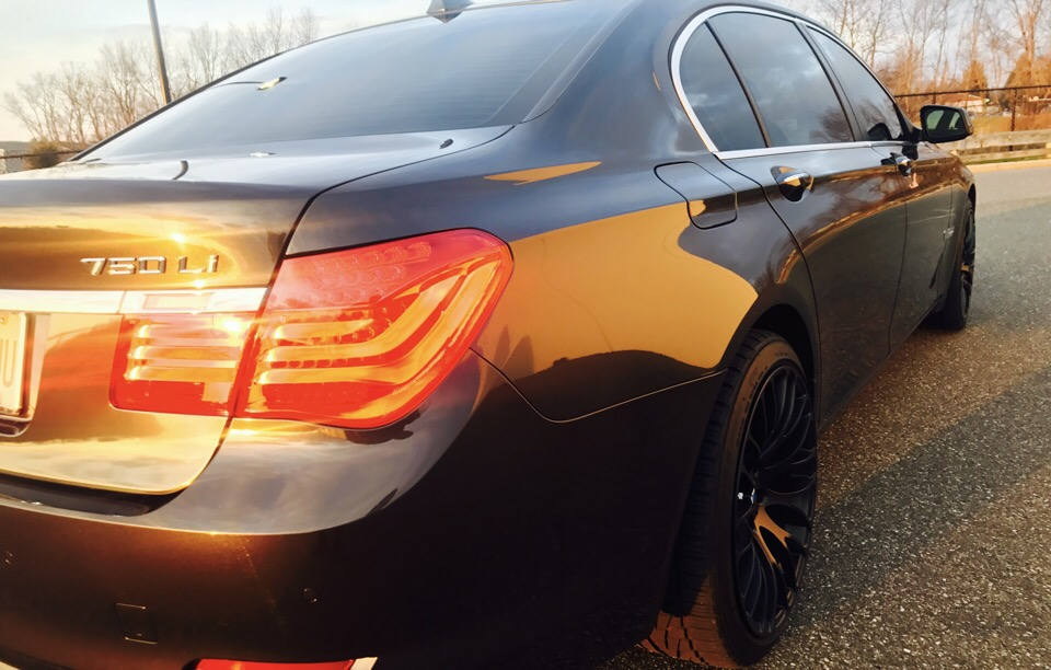 2012 BMW 7 Series - photo 6