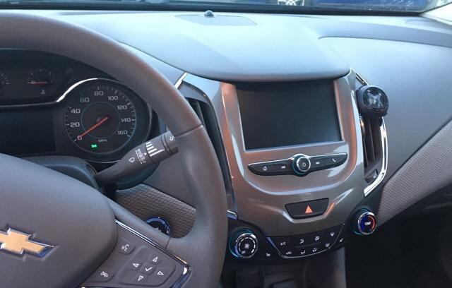 2017 Chevrolet Cruze - photo 0