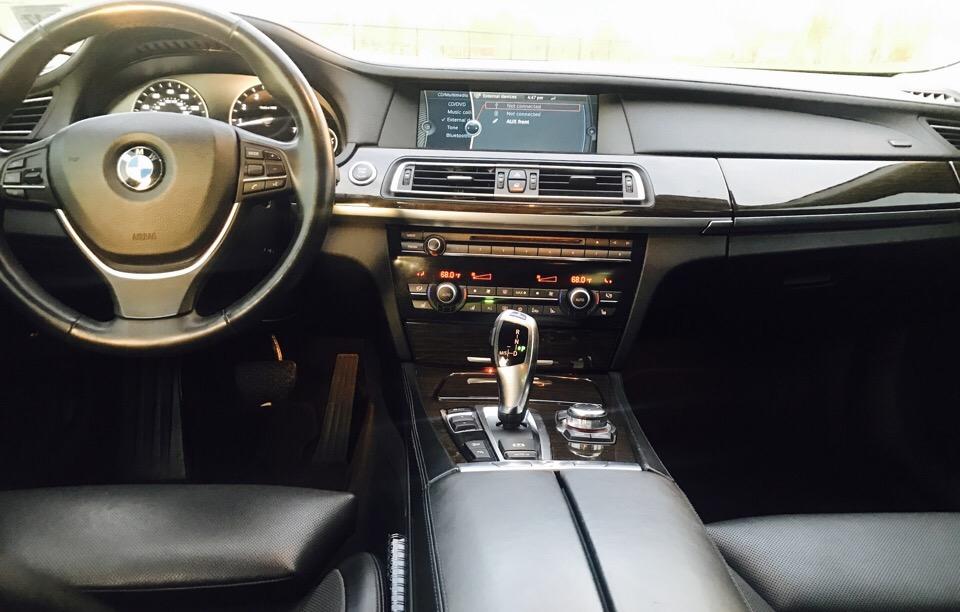 2012 BMW 7 Series - photo 9