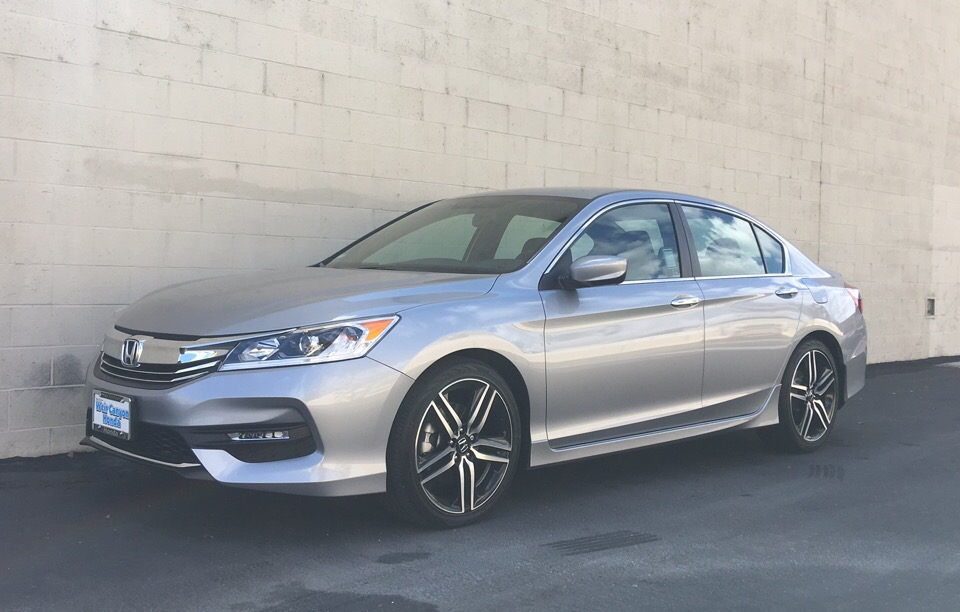 2017 Honda Accord - photo 0