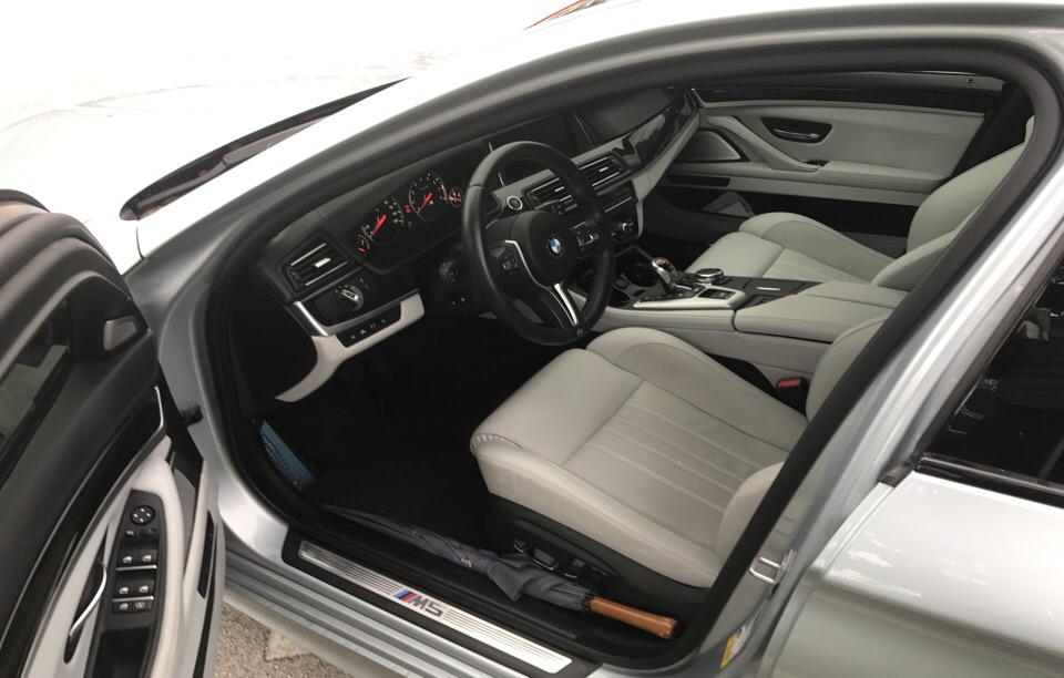 2016 BMW M5 - photo 2