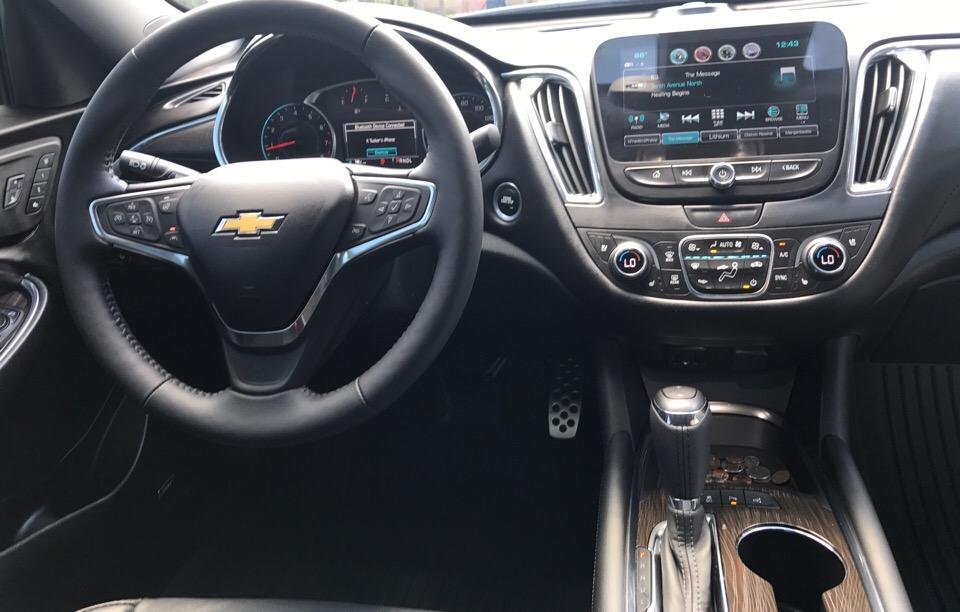 2017 Chevrolet Malibu - photo 3