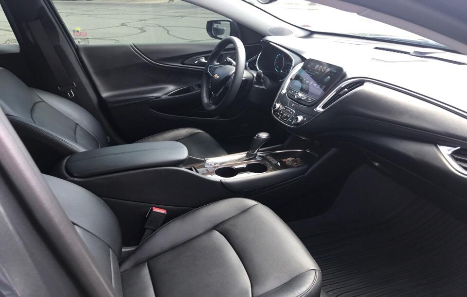2017 Chevrolet Malibu - photo 5