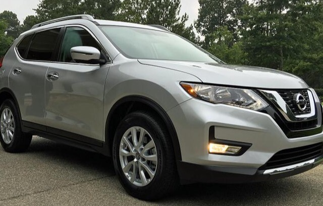 2017 Nissan Rogue - photo 0