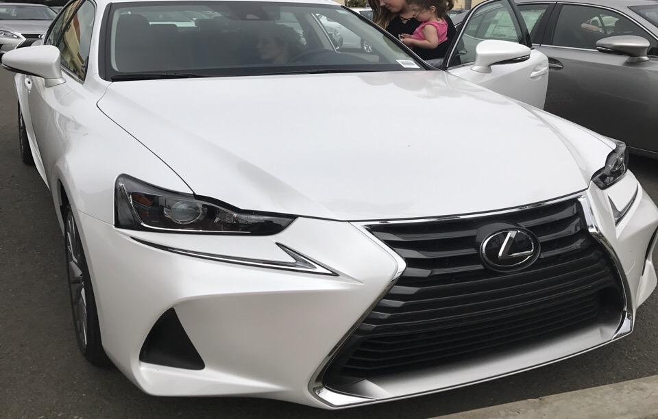 2017 Lexus IS 200t - photo 0
