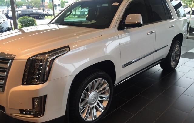 2016 Cadillac Escalade - photo 1