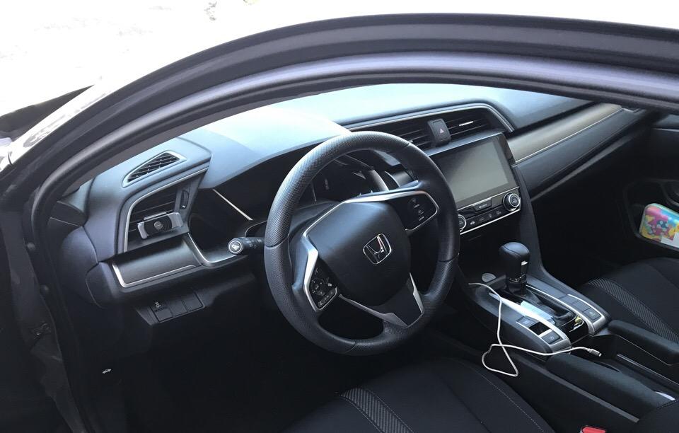 2017 Honda Civic - photo 2