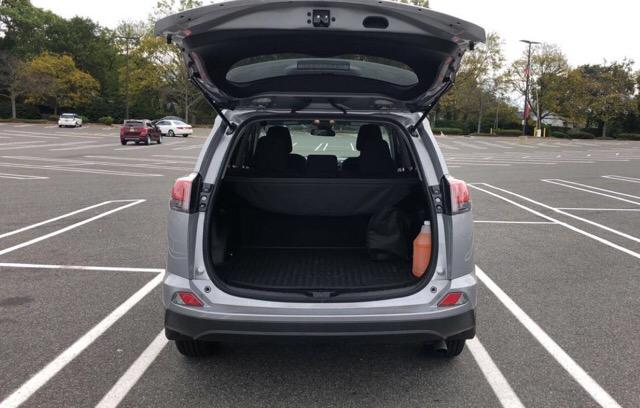 2017 Toyota RAV4 - photo 6