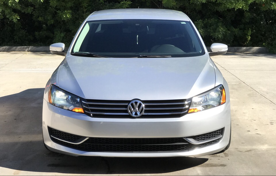 2013 Volkswagen Passat - photo 1