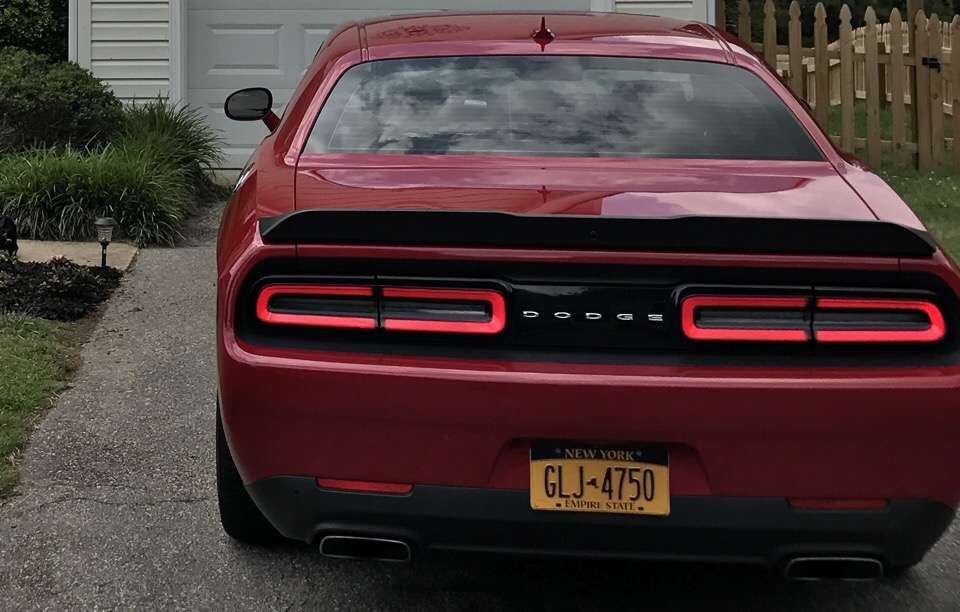 2016 Dodge Challenger - photo 2