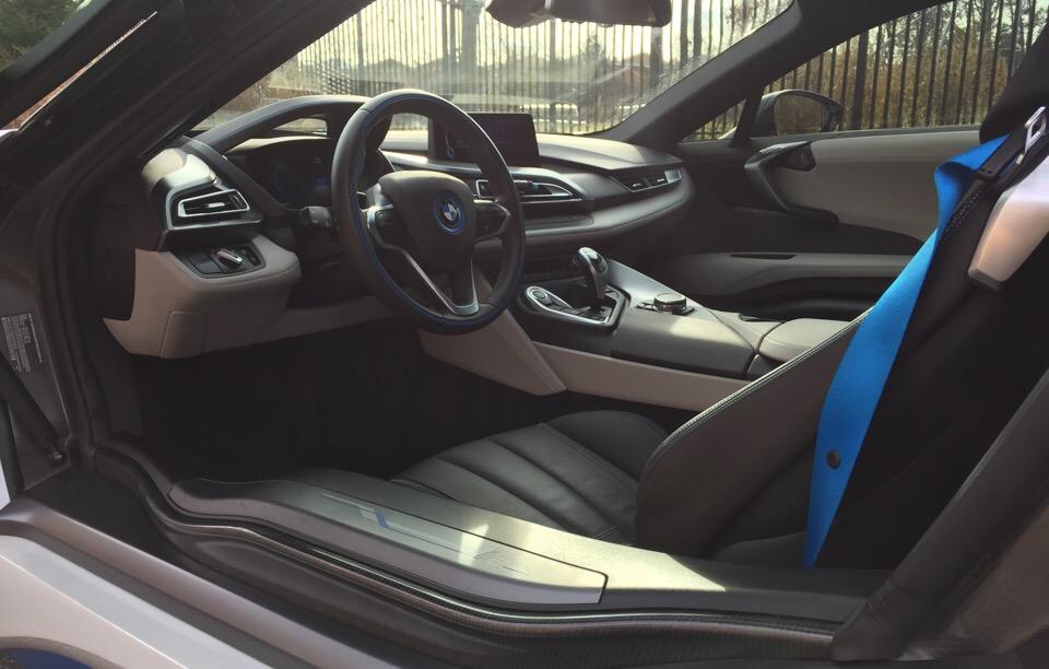 2016 BMW i8 - photo 2