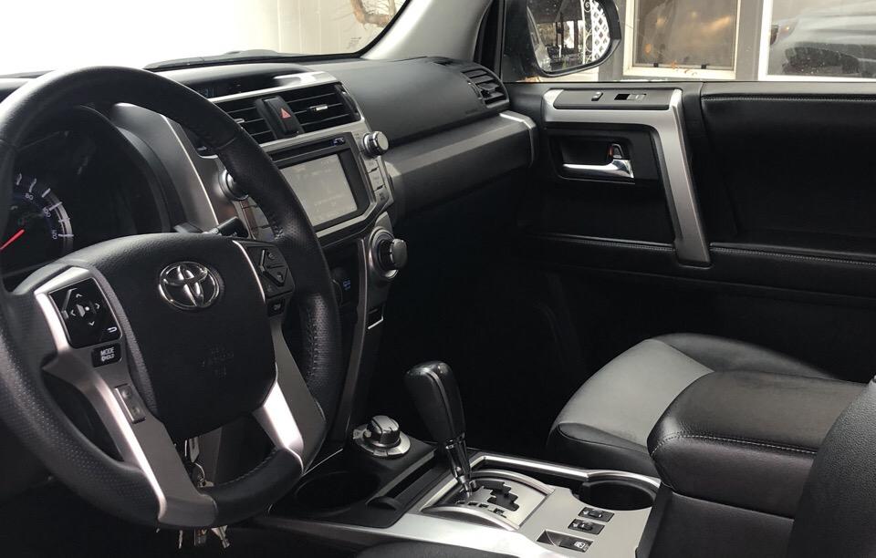 2016 Toyota 4Runner - photo 2