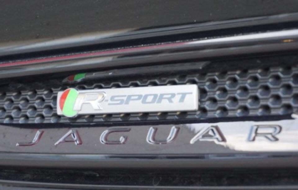 2017 Jaguar XE - photo 6