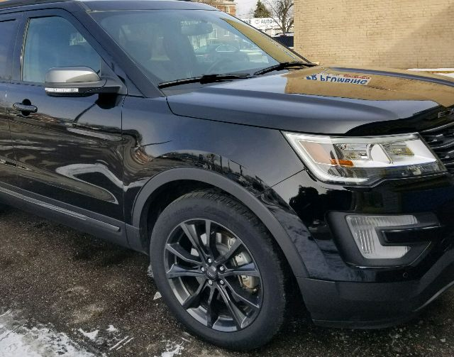 2017 Ford Explorer - photo 1