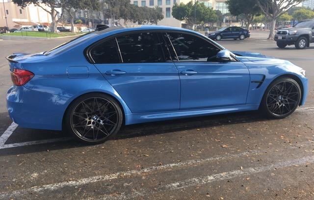 2018 BMW M3 - photo 2