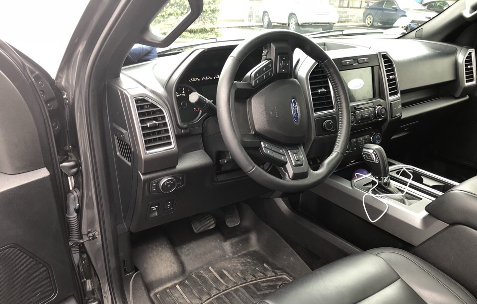 2017 Ford F-150 - photo 6