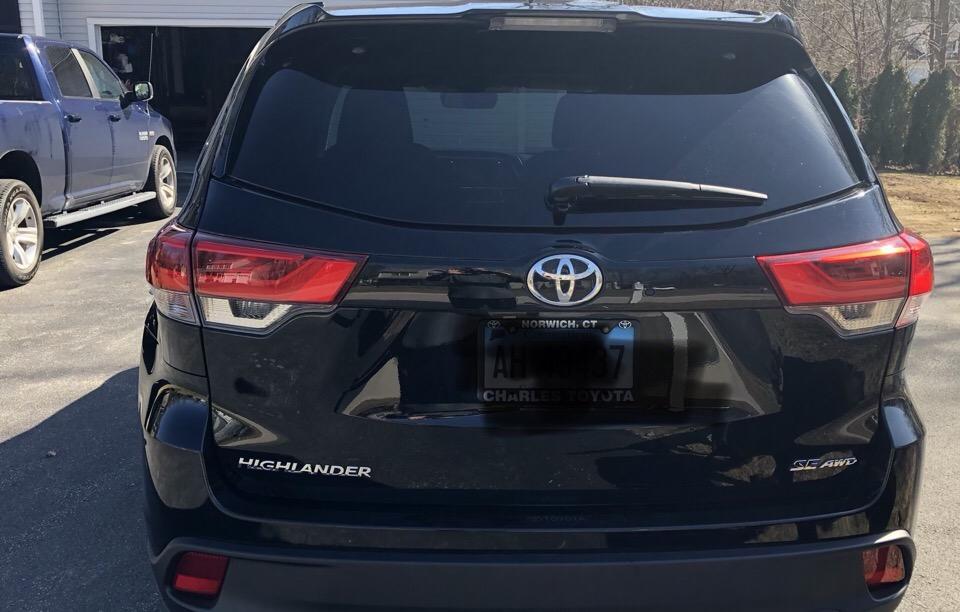 2017 Toyota Highlander - photo 2