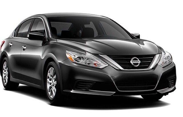 2017 Nissan Altima - photo 2